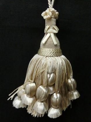 ラグジー バニラ